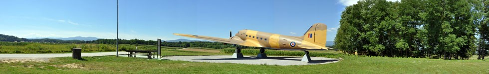 Otok - Airplane DC-3